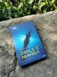 Razmišljanje o knjigi Dekle z Marsa – Kakšno je odraščanje s spolno disforijo?